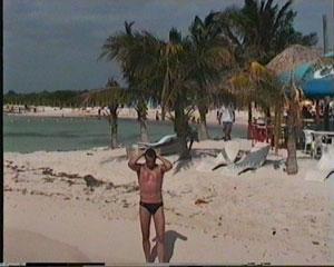 ME op een Mexicaans strand