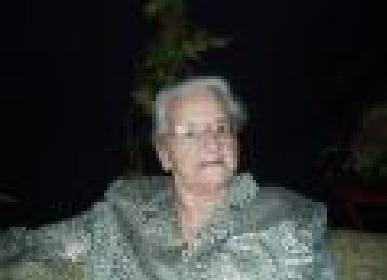 Oma van veraf, op de dag van haar begrafenis