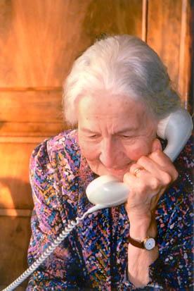 aan de telefoon
