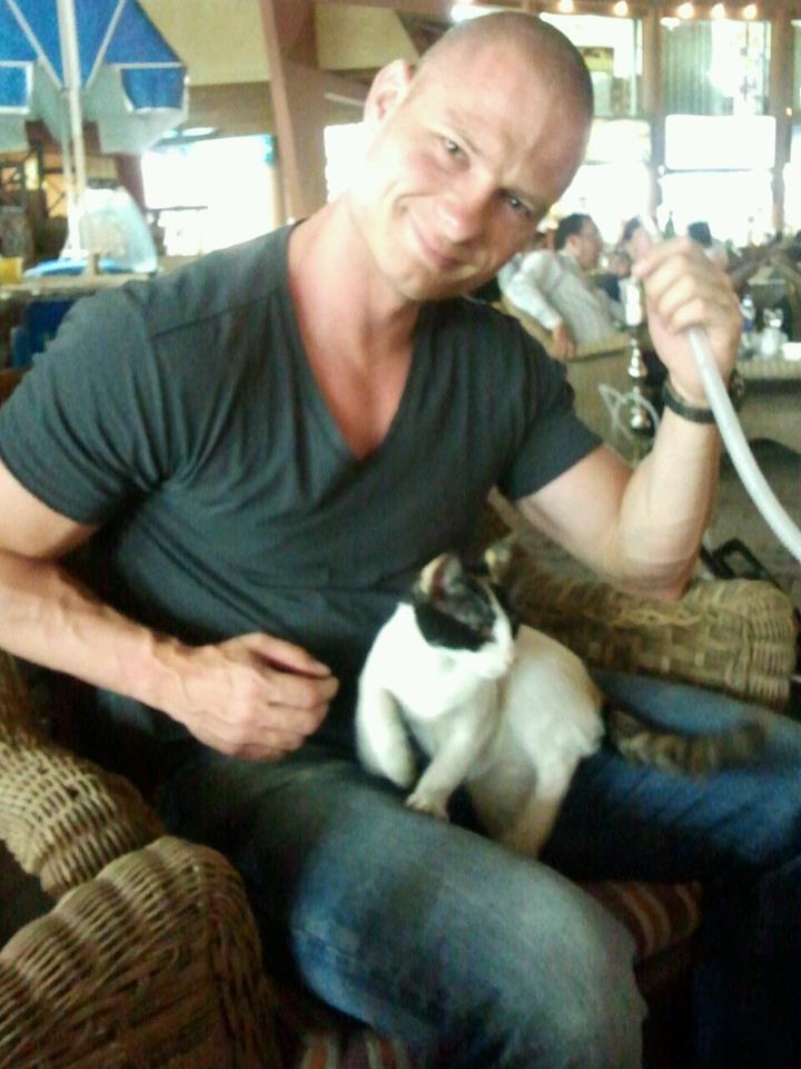Sisha & egyptian cat