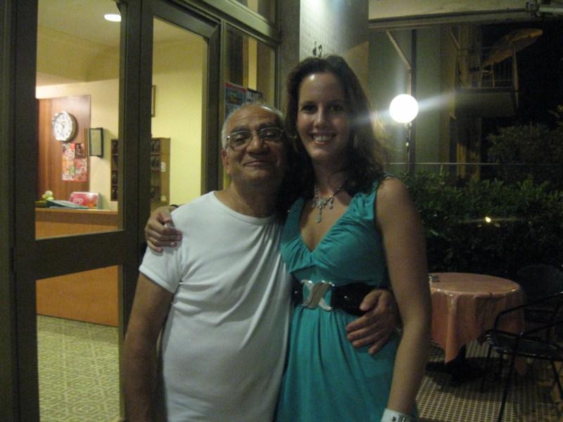 Hoteleigenaar in Rimini en ik :P