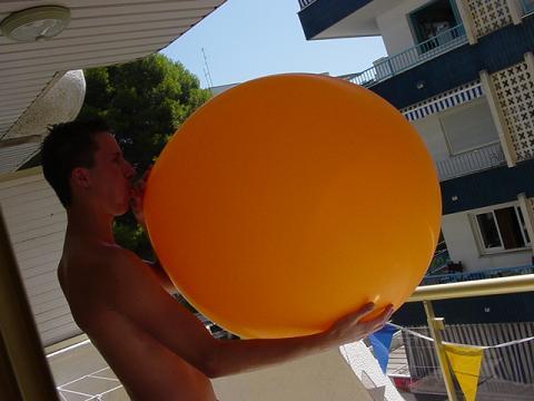 Ballonnetje opblazen