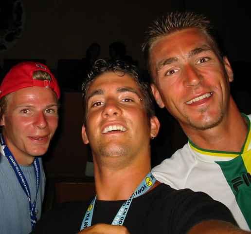 -Spoon- op de foto met vakantie vrienden!