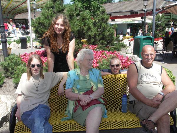 De hele familie @ Slagharen, juli 2006
