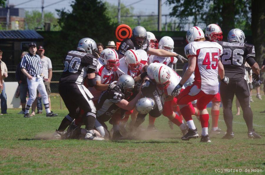 Gang tackle (ik nmr 71)