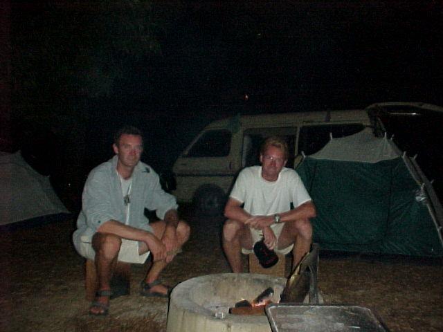 Camperen in Australie (ik zit links)