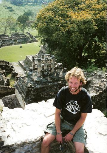 Boven op de Maya ruines van Tonina, Mexico