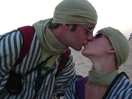 Met dinnetje in de Sahara