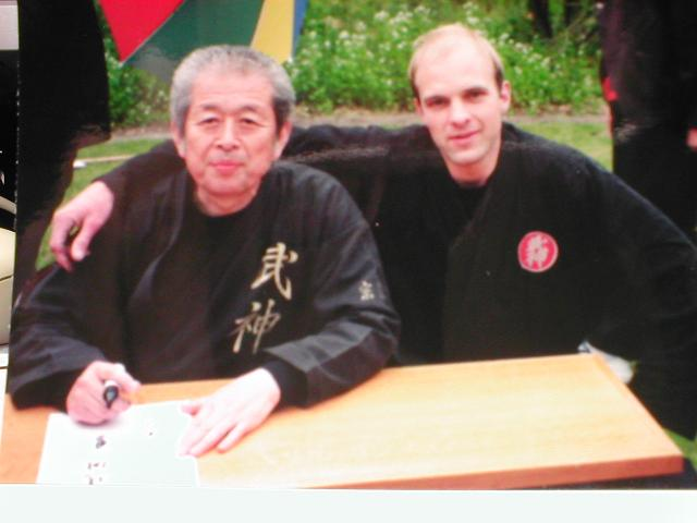 Ik met de grootmeester Hatsumi Sensei