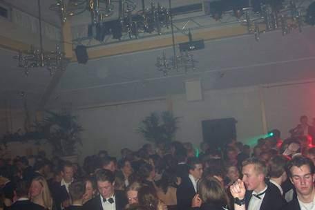 Gala 2003 (Ik sta ergens links).....