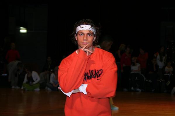 Ik op mn streetdancewedstrijd