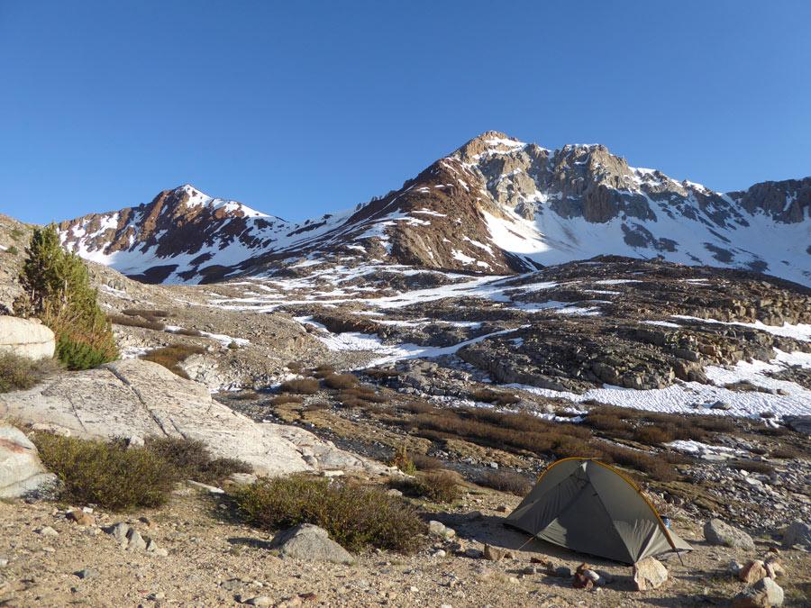 Kamperen op de Pacific Crest Trail, Pinchot Pass, Sierra Nevada (California)