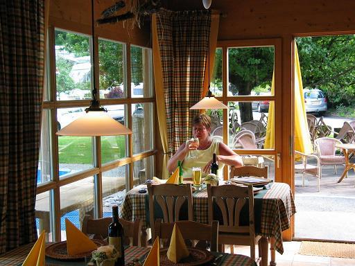 Lekker eten op de camping in Oostenrijk