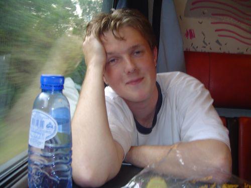 In de trein, mn vriendin heeft hem gemaakt :)